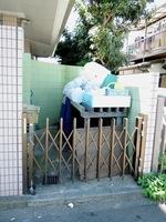 その他現地写真:ゴミ置き場
