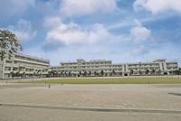 周辺環境:高階小学校(1100m)