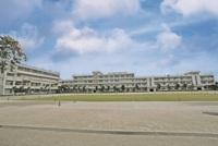 周辺環境:高階小学校(550m)