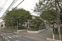 周辺環境:高階中学校(900m)